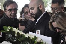 Uçak kazasında ölen Ayşe And ve Aslı İzmirli'nin cenaze töreni