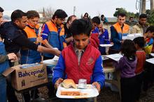 Mahmudiye'deki sivillere yardım eli