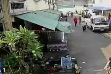 Sokak ortasında kadını tekme tokat dövdü!