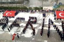 Öğrenciler Afrin koreografisi yaparak ant içti