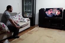 Diriliş Ertuğrul izlerken taktik veren adam izleyenleri kahkahaya boğdu