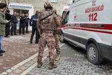 Esenyurt'ta dehşet! Belediyede çalışan sevgilisini vurup intihar etti