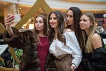 AVM'de izdiham çıktı! Rusya'da sıra dışı yarışma