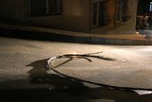 İstanbul'da büyük panik! Elektrik kabloları patlayınca...