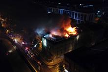 Sanayi sitesinde korkutan saatler: Alev alev yandı!