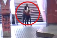 Metroda skandal! Genç kıza hayatının şokunu yaşattı