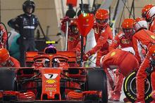 F1'de korkunç olay: Raikkonen, mekanikerin bacağını kırdı!