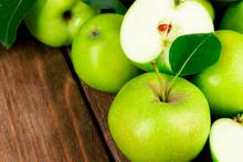 Sabah aç karnına kahve yerine yeşil elma tercih edin