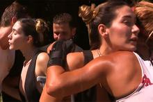 Survivor'da flaş gelişme: Adaya gelip takıma veda etti!
