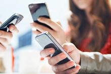 Cep telefonları kansere mi neden oluyor?