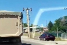 Diyarbakır'da kamyon engeli
