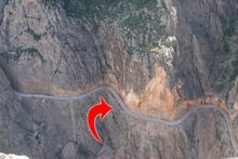 Dünyanın en tehlikeli yolu Türkiye'de! Araçlar birbirini görmüyor