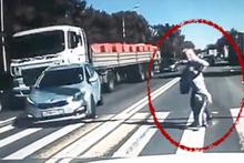 Yaya geçidinde durdu kaza oldu