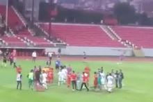 Düzcespor-Bayrampaşa finalinde maç sonu kavga çıktı