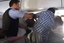 Sarhoş yolcu, uçağı böyle birbirine kattı!