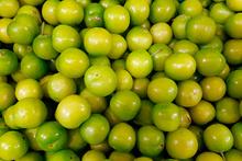Yeşil erik yemeniz için  11 muhteşem neden