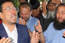 Doğu Türkistanlı alim için gözyaşları sel oldu!