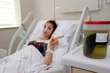 Karın ağrısıyla gitti: Hasta da doktor da gözlerine inanamadı!