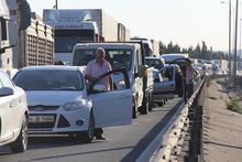 TEM'de 5 araç birbirine girdi: 10 km kuyruk oluştu!