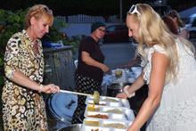 Antalya'da yabancı gelinlerden iftar