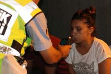 Ne yaptın sen? Alkollü sürücü polis noktasına daldı...