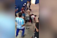 Arjantin taraftarları Hırvatları dövdü