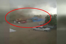 Edirne'de fırtına ahırı uçurdu