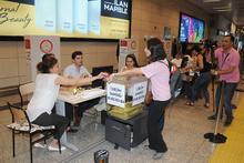 Atatürk Havalimanı'nda oy kullanma yarışı