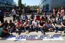 CHP'lilerden oturma eylemiyle ilgili flaş karar