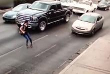 Korkunç kaza! Topuklu ayakkabı canından ediyordu
