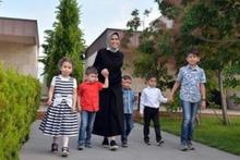 Beş çocuklu milletvekili adayı Asuman Erdoğan'ı gören şaşırıyor
