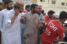 Pakistan'da iki mitingde bombalı saldırı: 132 ölü