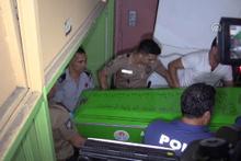 Polis memuru evinde ölü bulundu!