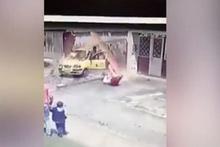 Kolombiya'da akıllara durgunluk veren kaza!