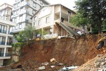 İstanbul'da korku dolu anlar: 3 katlı bina boşaltıldı!