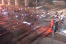 Bisiklet grubunun hemzemin geçitteki faciası kamerada!