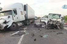 Düğün minübüsü kaza yaptı: 13 ölü, 4 yaralı