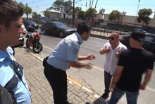 Sarhoş şahsa taksiciden tepki: 'Devlet düşmanlarını arabama almam'
