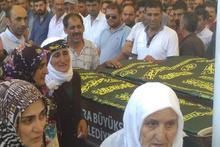 Kaza kurbanı ailenin cenazeleri Ankara'da toprağa verildi!