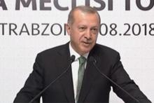 Erdoğan konuşurken salondan bu ses yükseldi! Gülümsedi ve...
