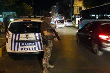 Fatih'te silahlı kavga: 1 polis yaralandı!