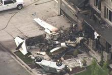 ABD'de bir pilot uçakla evine çarparak intihar etti