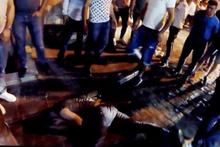 Zombi gibi bağırdı kendini yerden yere vurdu! İbretlik görüntüler