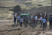 Sivas'ta büyük gerginlik: Evini ateşe verdiler!