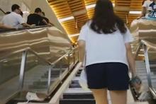 Çin'de piyano merdivenler