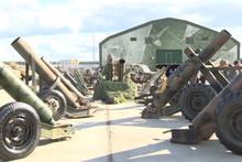 Rusya'da Suriye'deki militanlardan ele geçirilen silahlar sergilendi!