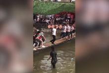 İnsanlar ayakta zor dururken o resmen dans etti!