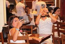 Bodrum'da turistleri şoke eden manzara! Telefona sarıldılar...