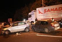 TEM'de zincirleme trafik kazası: Çok sayıda yaralı var!