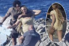 Aşk tazelediler! Jay-Z Beyonce'i öpücüklere boğdu
